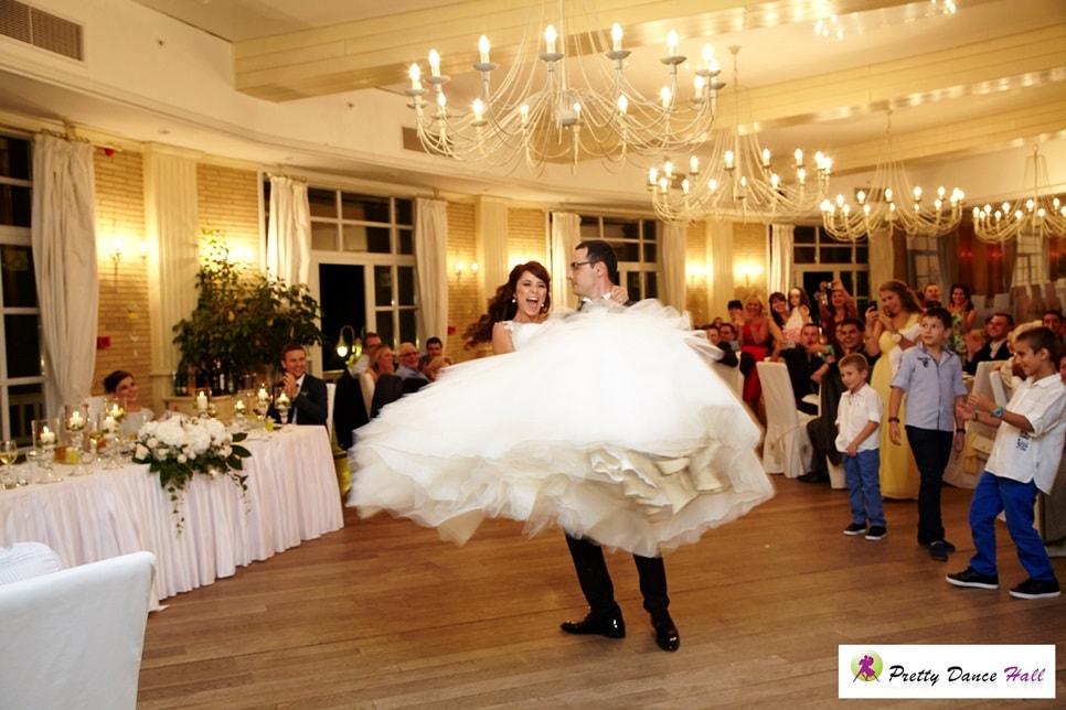 първи танц на Мария и Асен